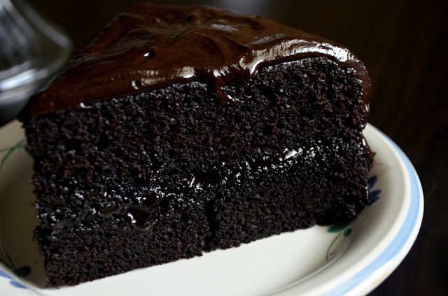 Rich Chocolate Fudge Cake Recipe
